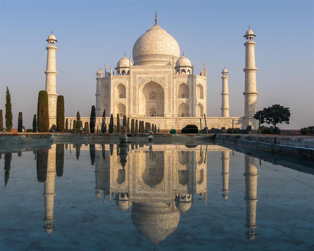 Taj Mahal Kevin Standage