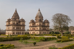 Chhatris of Indramani Singh and Sujan Singh