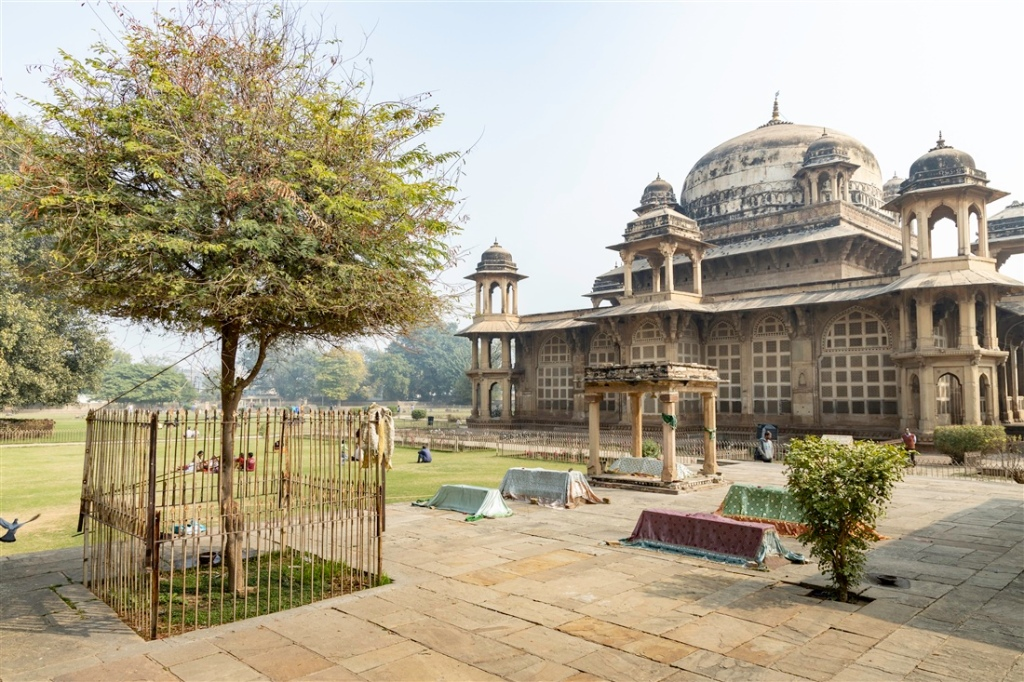 Tombs of Mohammad Ghaus and Tansen – Gwalior – Kevin Standage