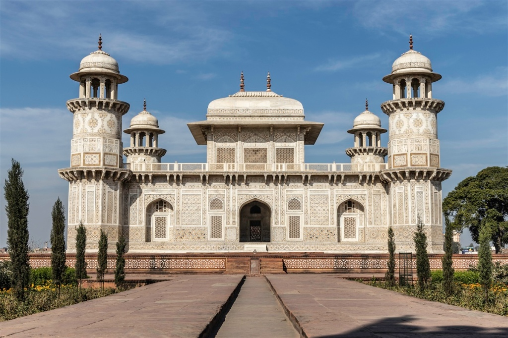 Itimad-ud-Daulah - Agra