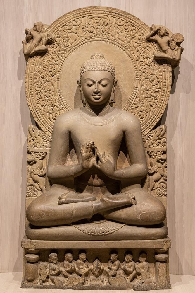 Buddha in preaching position (Dharmchakrapravartan Mudra)